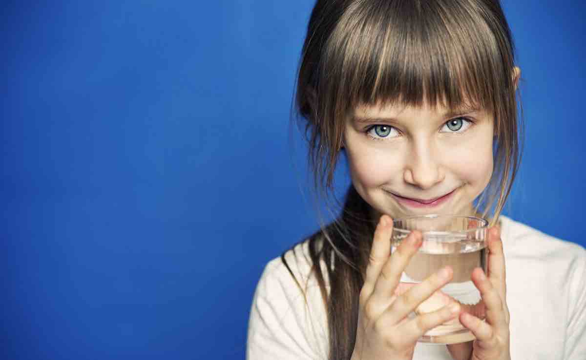 fai bere l'acqua del rubinetto