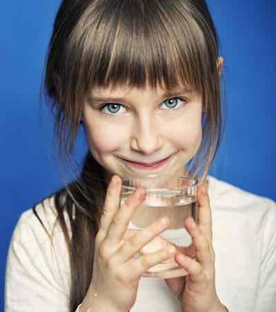 bevi acqua del rubinetto