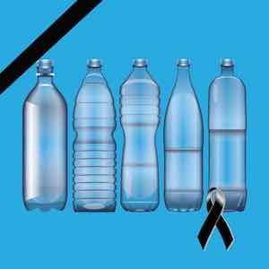 Lutto: Bottiglie di plastica in lutto