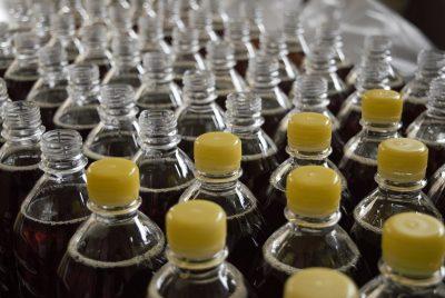 bottilgie di plastica